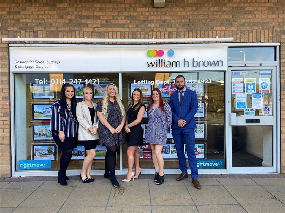Our residential sales team thrive to achieve the best possible price for our vendors. Call now to arrange your free market appraisal!