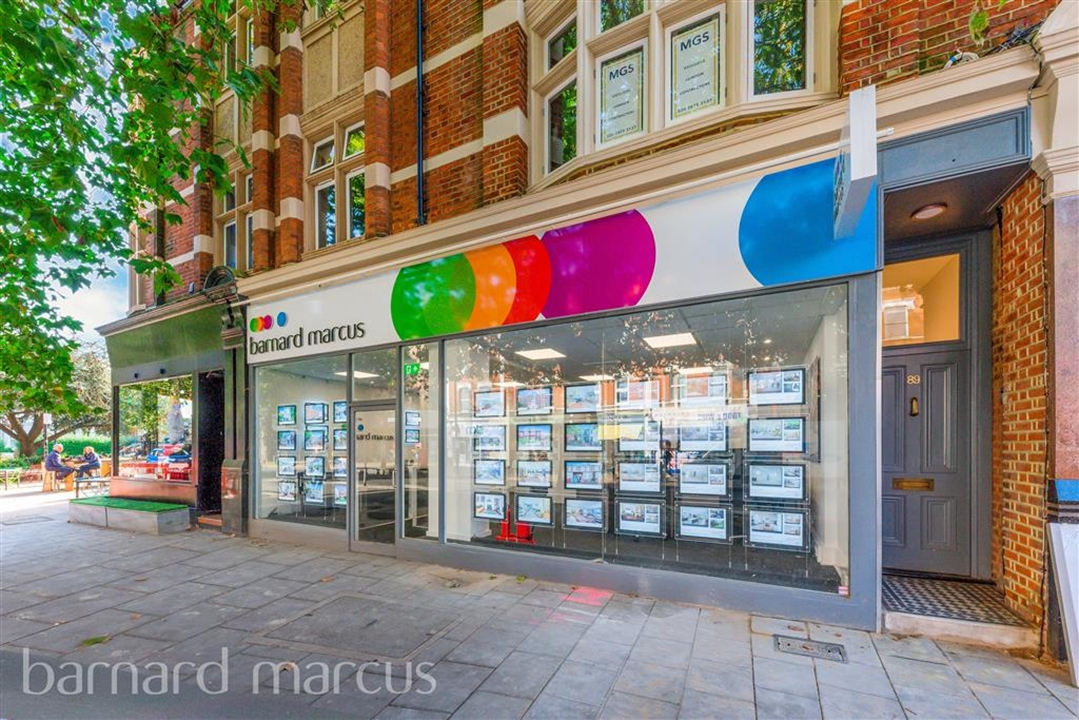 Barnard Marcus Estate agents in Chiswick. We will help you get moved quickly with our dynamic sales team and experienced in-house mortgage broker!