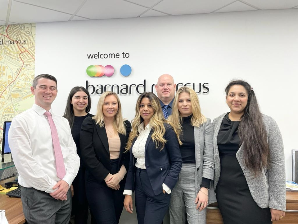 Kelly Gill -Branch Manager Shannon Didd -Administrator James Fox - Sales Consultant Joshua Miller -Sales Consultant Kat Matuszyk-MECON DipFA CeMAP