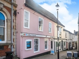 William H Brown Estate Agents in Framlingham - Offering a professional and friendly service to help you Buy, Sell, Rent or Let your home.