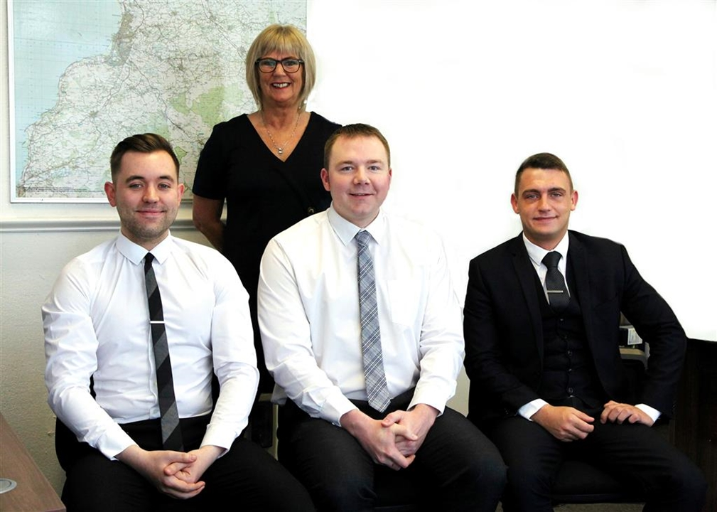 Gregor Gray Valuer, Fiona Boyce Mortgage Services Consultant, Ainsley Reid L&NH, Amanda MacPhail Negotiator, Helen Sharp, Branch Manager.