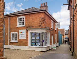 W H Brown Aylsham providing a superb service and offers FREE VALUATIONS, lettings, mortgages and auction services!