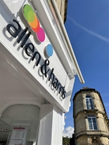 Allen & Harris Estate Agents in Frome. Centrally positioned on The Bridge with a dedicated team wanting to help you move.