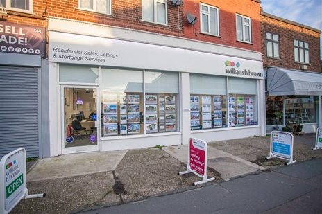 William H Brown Estate Agents with a office at the top of the High Street in Dovercourt, Harwich, Essex want to help you to BUY,SELL, RENT or LET.