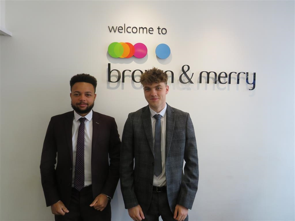 Louisa Apuzzo - Lettings Manager and Alba Alia - Lettings Negotiator