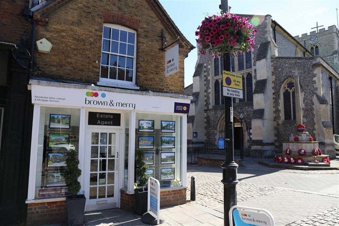 Brown & Merry Berkhamsted are ready to help you buy, sell or let your property in and around the Berkhamsted area. Pop in and have a chat!