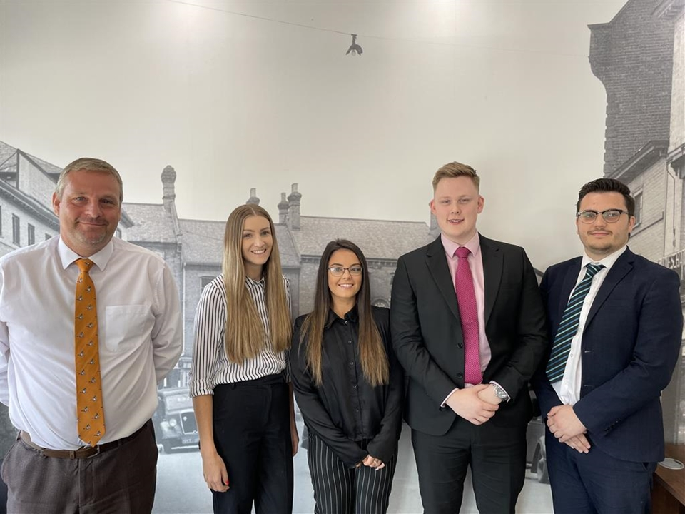 Branch Manager - Matt Yeatts, Mortgage Services Manager - Nicky Skinner, Negotiators Nick Keeling & Josh Morling & Branch Administrator Molly Green