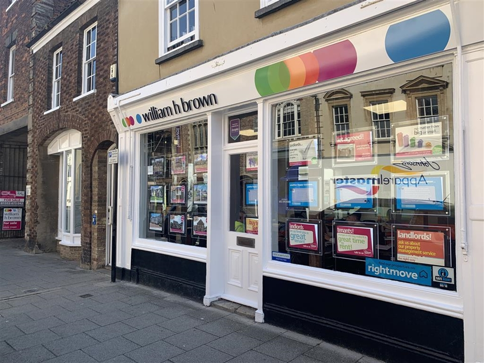 NUMBER ONE ESTATE AGENT IN KINGS LYNN! William H Brown Estate agents located in the historic part of Kings Lynn, close to the quay.