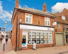 Brown & Merry Estate Agents Leighton Buzzard are a one stop shop for your house buying, selling, letting & renting needs.