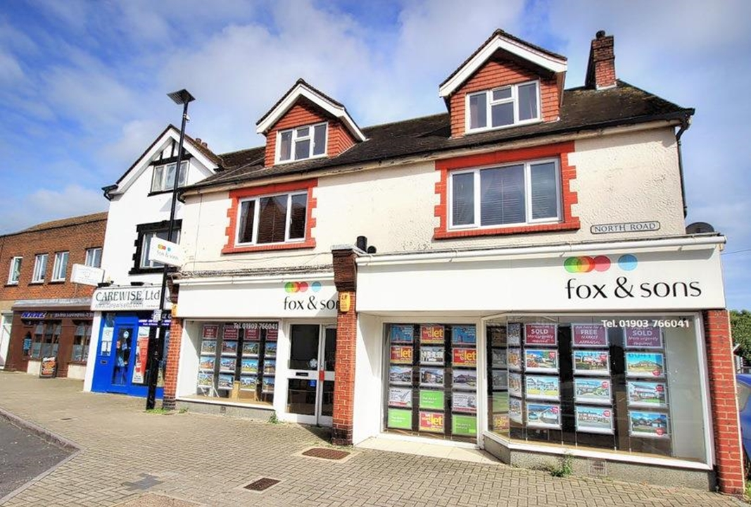 Fox & Sons local estate agents in Lancing covering all of Lancing & Sompting. Prominent location next to Lancing railway station and Lancing town.