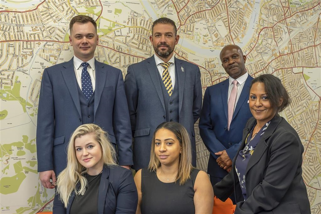 The experienced Sales team at Barnard Marcus Putney.