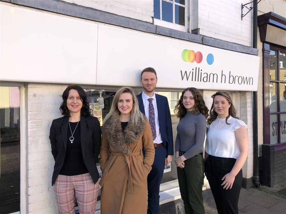 The Bungay team have a wealth of experience and offer a professional friendly service for all aspects of buying or selling your home.