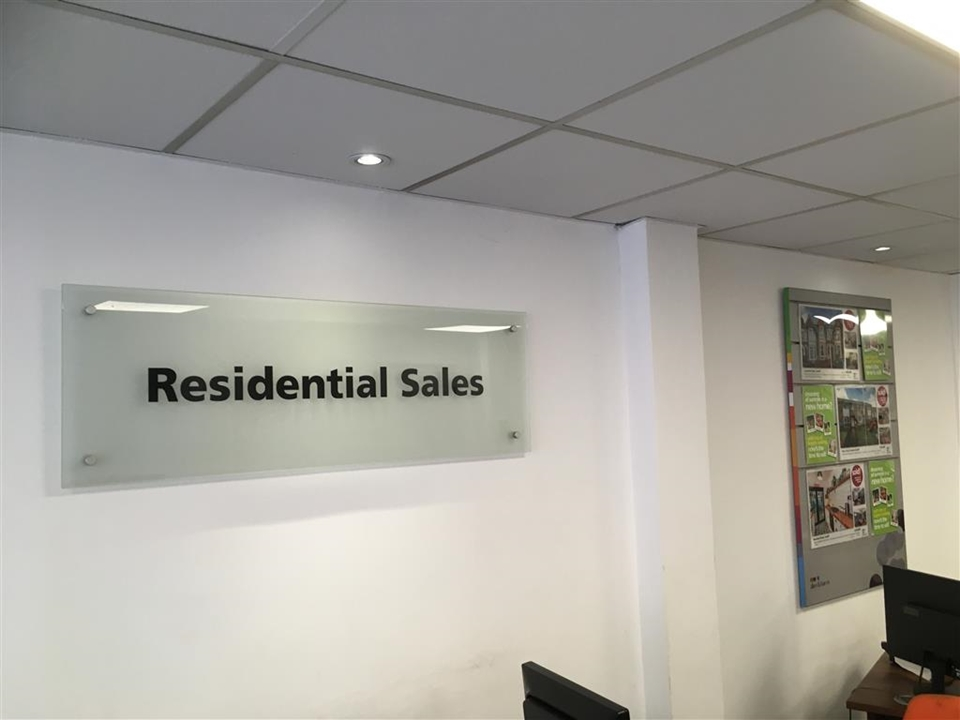 Allen and Harris is your local Estate Agents in Roath, Cardiff and we offer a high standard of service which is both comprehensive and competitive.