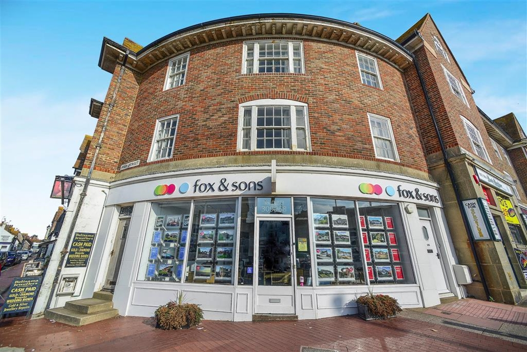Our widely trusted and recommended Fox & Sons Estate agents in Rottingdean office is open 6 days a week including late night on Thursdays.