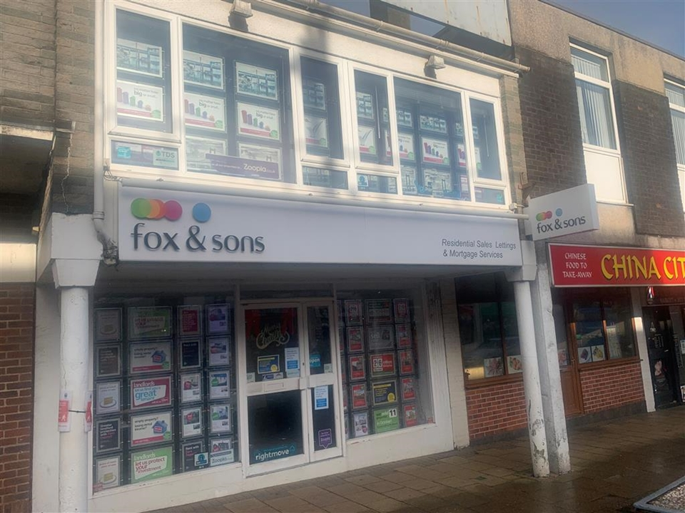 Fox & Sons Estate Agents in Saltash. Your one stop shop for all your buying, selling, letting and renting needs.