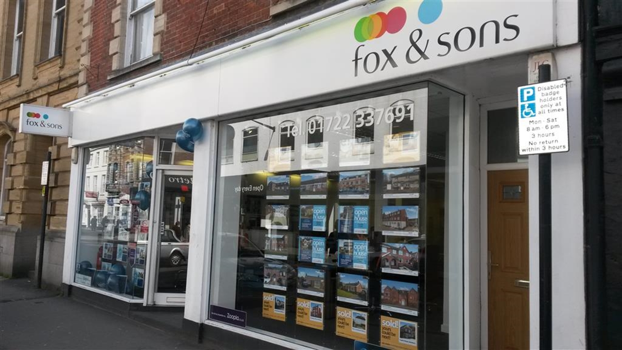 Fox & Sons Estate agents in Salisbury