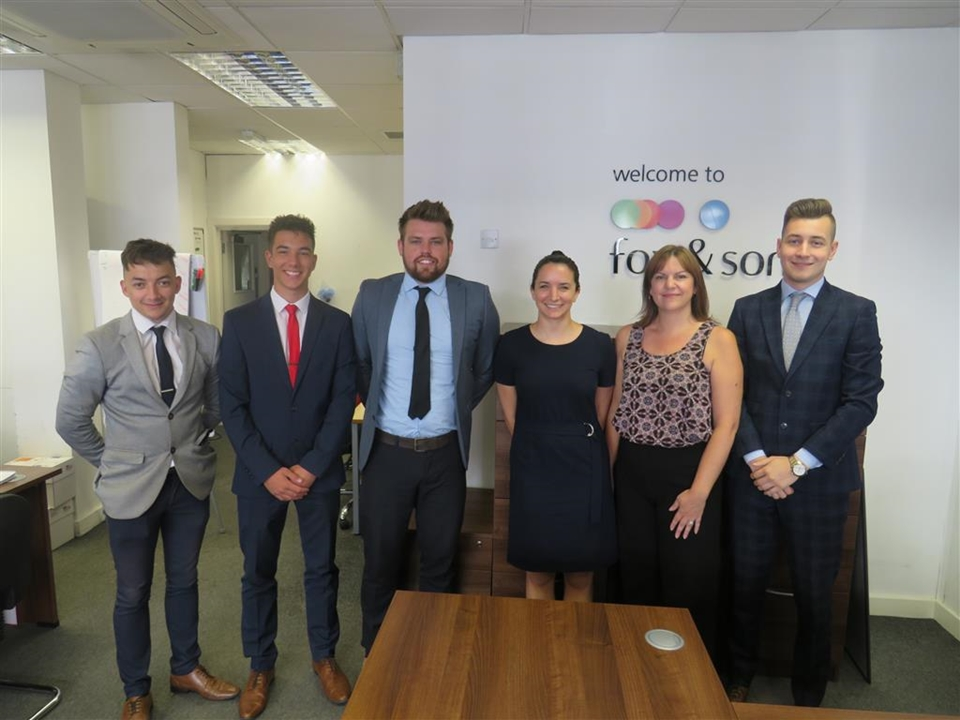 Welcome to our Salisbury City Centre branch where we have 6 members of staff pro-actively helping you to either sell, buy, or arrange your mortgage.