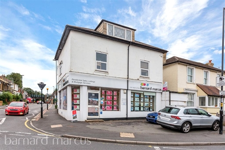 Barnard Marcus Estate Agents in South Croydon. Come to us to buy, sell, let or rent.