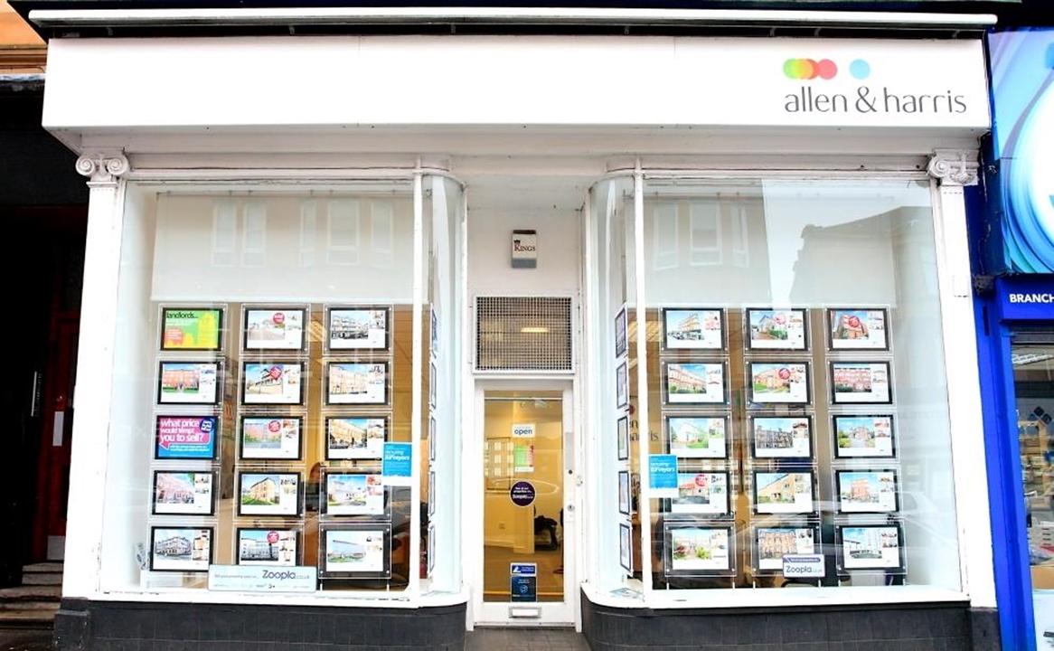 Allen & Harris Estate agents in Shawlands, Glasgow.