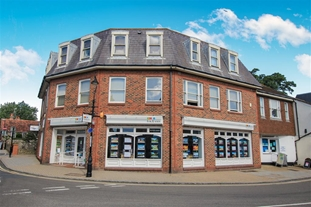 Fox & Sons Sales and Letting's agents in Shoreham By Sea.