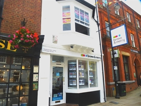 Brown and Merry Office is perfectly situated in the Historic High Street of Stony Stratford with plenty of parking on the High Street or Market Square