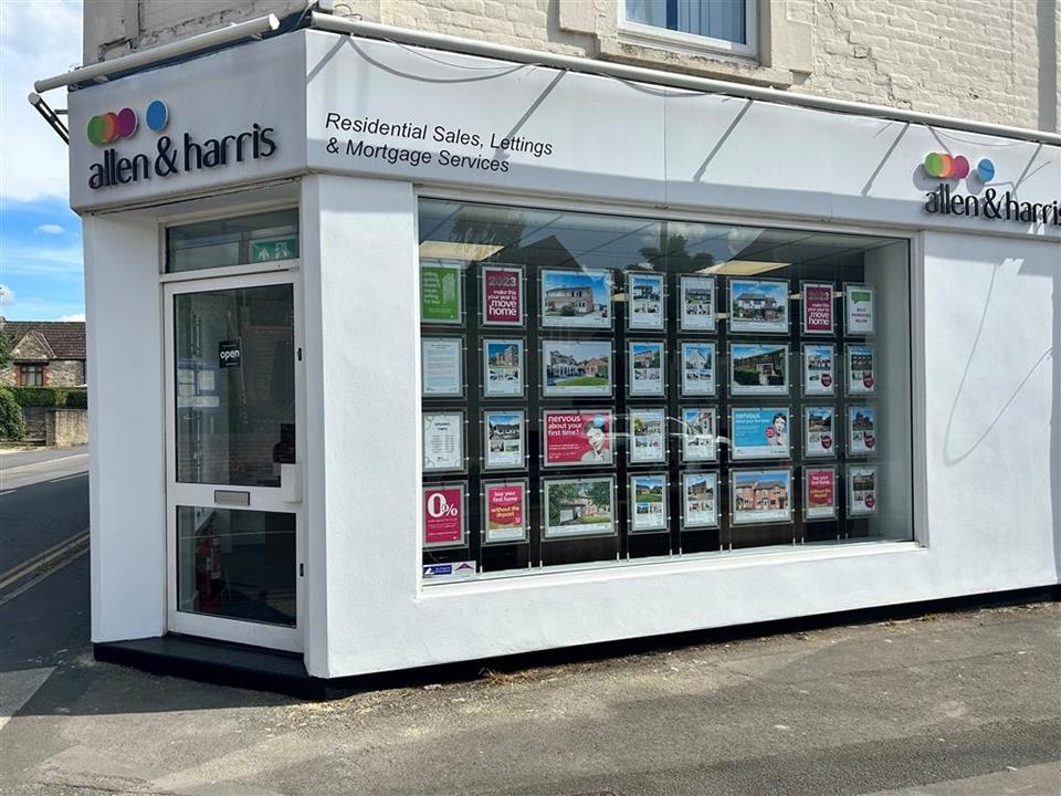 Allen & Harris Estate agents in Swindon Ermin Street (opposite the Stratton Methodist Church)
