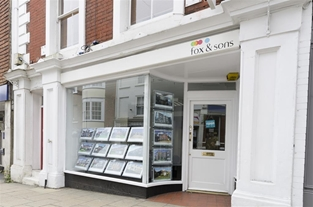 Fox & Sons estate agents in Winchester - your dedicated local agency for property sales, letting's, mortgages, and much more. Call us on 01962 862121.