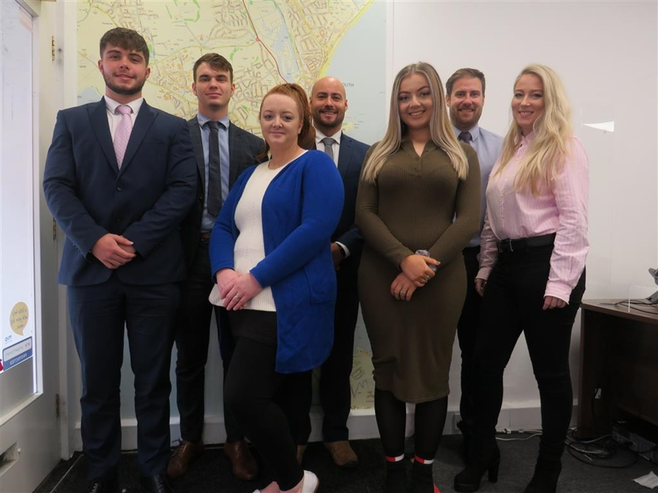 The SalesTeam Branch Manager: Stuart Starting,Regional Sales Manager: Andy Nott,Sales Negotiator: Libby Reynolds, Administrator: Claire Molton