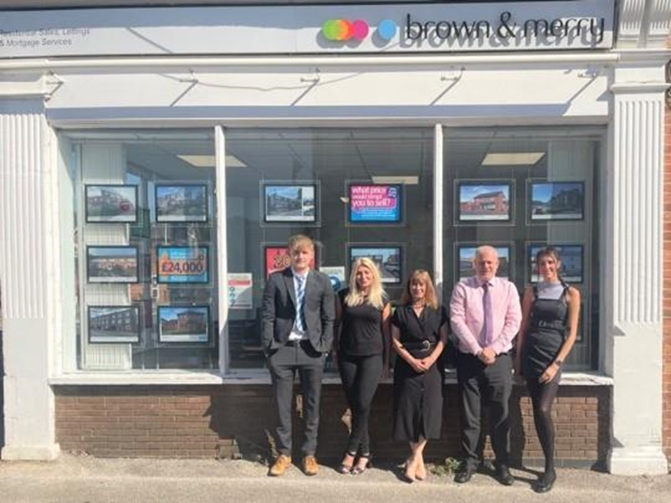 The team at Woburn Sands would love to help you sell or buy.  With many years' experience in the industry, they can help you achieve your next move.