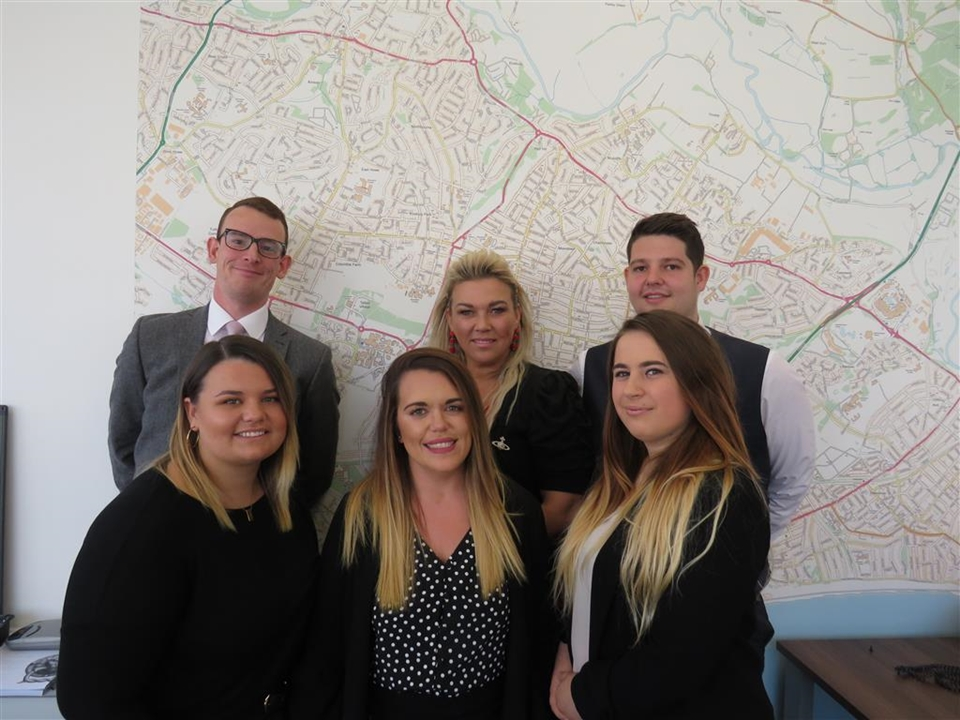 Meet the team in Bournemouth:- Mike Stillman, Karen Akerman, Ben Harvey, Kelsey Akerman, Jennifer Pierce and Shannon Loe