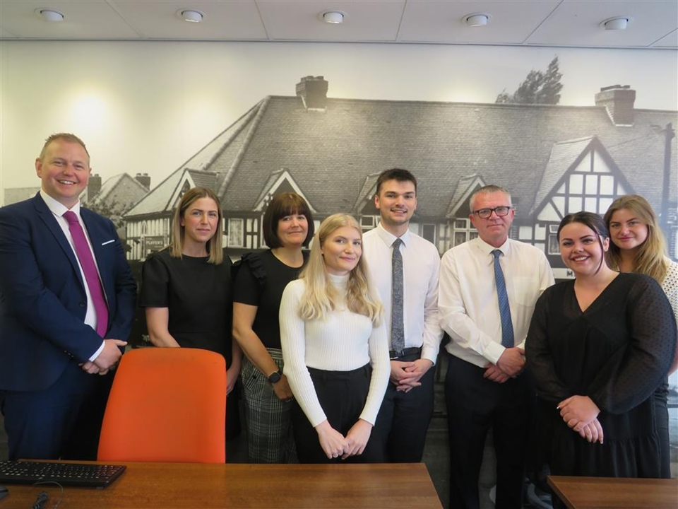 Shipways Estate Agents in Castle Bromwich would love to help you buy, sell rent or let your perfect home call us on 0121 747 4722 for our help.
