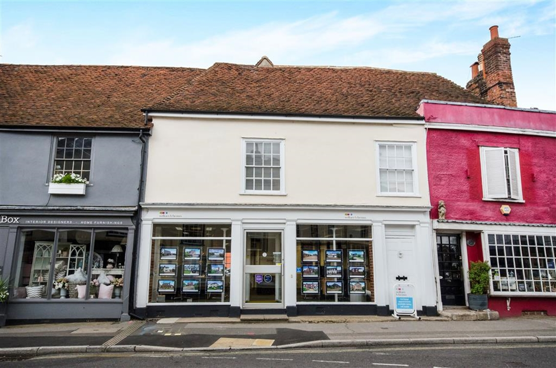 William H Brown is a long established ESTATE Agents in Coggeshall for over 32 years, who can help you buy, sell or let your property.