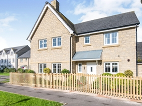 Green Lawn Way, Axminster
