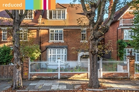 Addison Grove, London