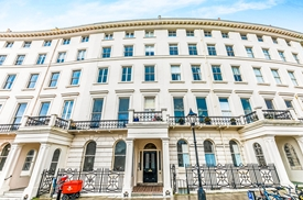 Adelaide Crescent, Hove