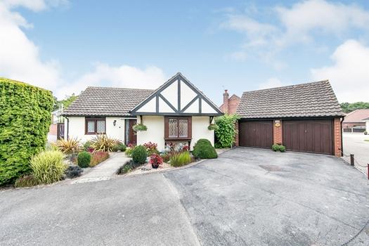 Tudor Rose Close, Stanway, Colchester