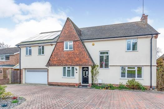 Briarswood Close, Pound Hill, Crawley