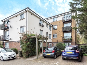 Neville Close, Hounslow, Middlesex, Tw3