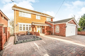 Leighton Road, Northall, DUNSTABLE