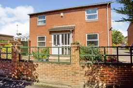 Tinwell Close, Lower Earley, READING