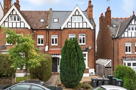 Onslow Gardens, Muswell Hill