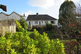 Upton Way, Broadstone