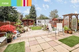 Findon Gardens, Rainham