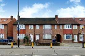 Norbury Crescent, Norbury