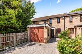 Wyndham Close, Sutton