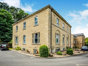 Lodge Close, Luddendenfoot, Halifax