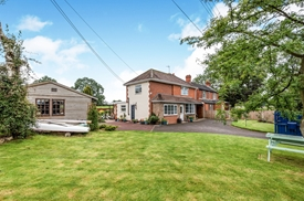 Stramshall Road, Spath, Uttoxeter