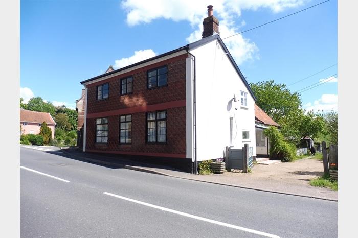 Vicarage Road, Laxfield, WOODBRIDGE