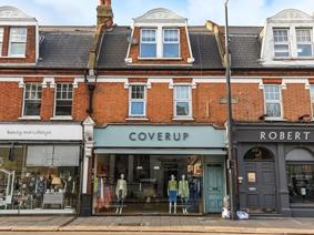 Upper Richmond Road West, London