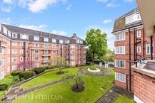 Watchfield Court, Sutton Court Road, Chiswick Photo 3